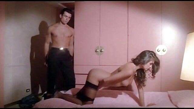 दो युवा लाल बालों वाली कुतिया एक साथ समलैंगिक यौन हिंदी सेक्सी मूवी पिक्चर फिल्म संबंध है