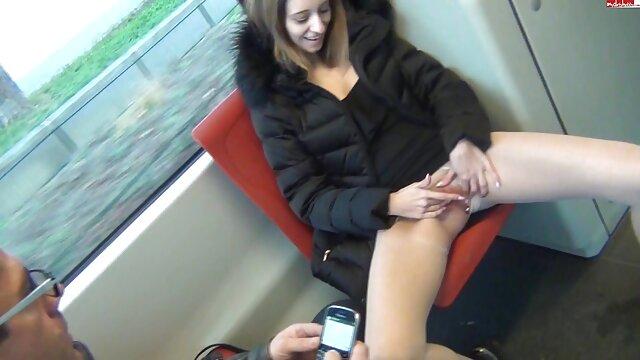 सार्वजनिक नग्नता और सेक्स